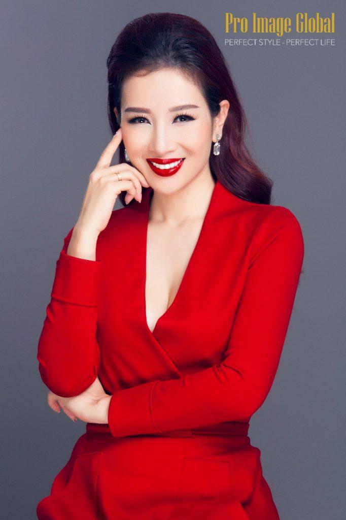 Á hậu Quý bà Thế giới Nguyễn Thu Hương: Người truyền cảm hứng giúp phụ nữ thay đổi